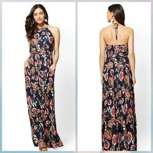 Floral dress with POCKETS! New York & Co